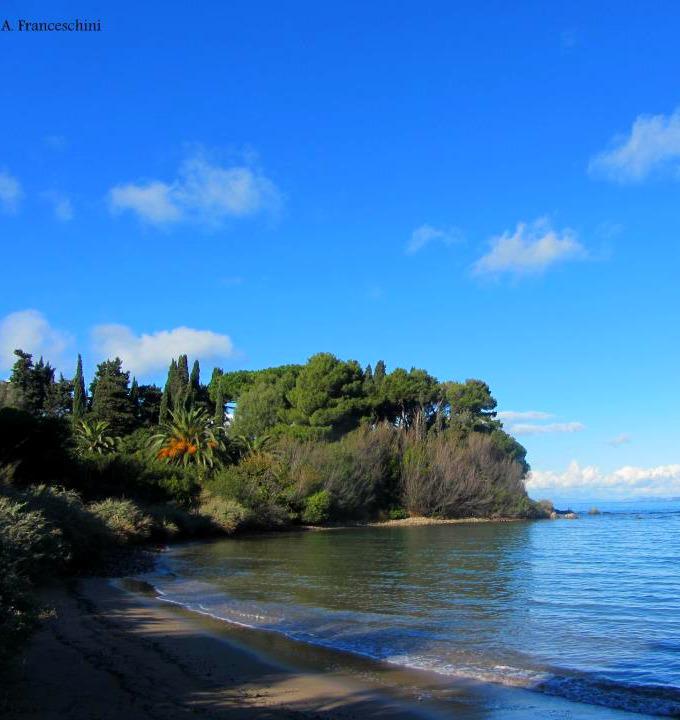 Best Beaches in Tuscany photo by Alberto Franceschini